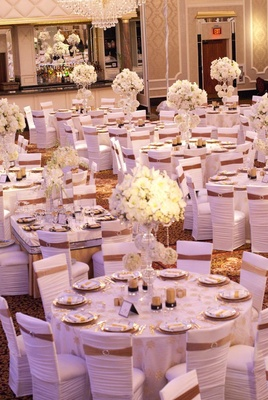 white and gold wedding table decorations reception decor photography josh photography read 1298