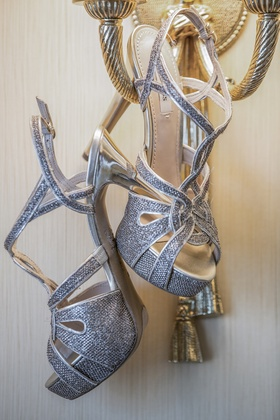 GUESS shoes with textured fabric and straps