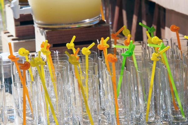 Lemonade glasses with colorful straws