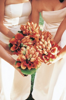 Orange tulips and calla lilies for bridesmaid flowers