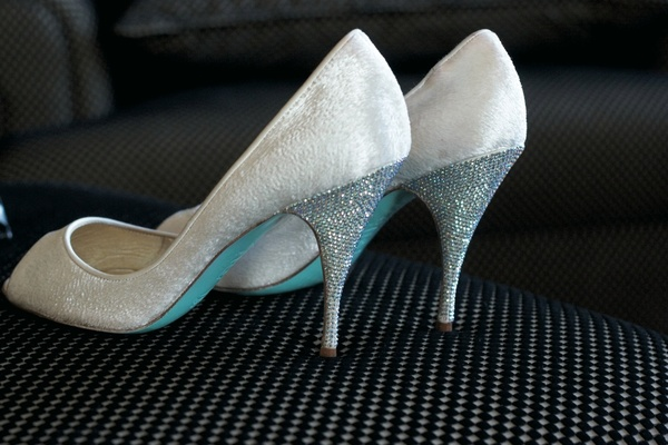 winter wedding shoes stylist anya sarre s san francisco 1448