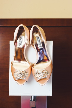 badgley mischka peep toe heels with jewels on toe