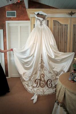 Lavish fairy tale ballroom wedding in san diego for San diego wedding dress