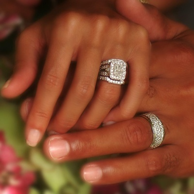 wedding-ring-on-black-womans-hand