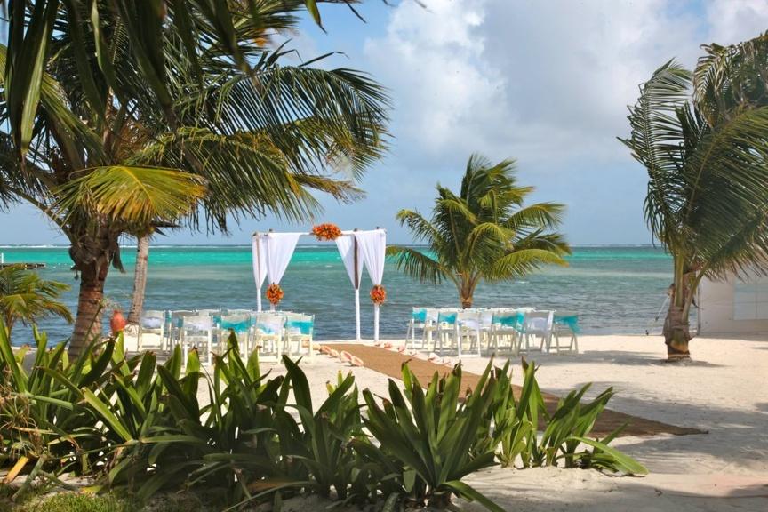 Las Terrazas Resort in Belize Wedding Ceremony