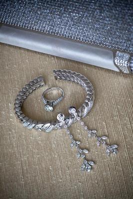 Drop earrings and sparkling diamond bracelet