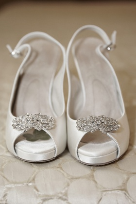 Slingback bridal shoes with crystal brooch