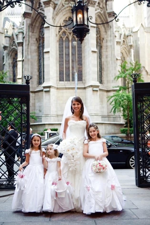 flower girls wedding party inside weddings. Black Bedroom Furniture Sets. Home Design Ideas