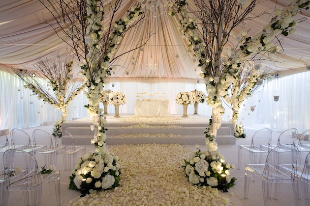 An Indoor Rustic Ceremony: Wedding Decorations